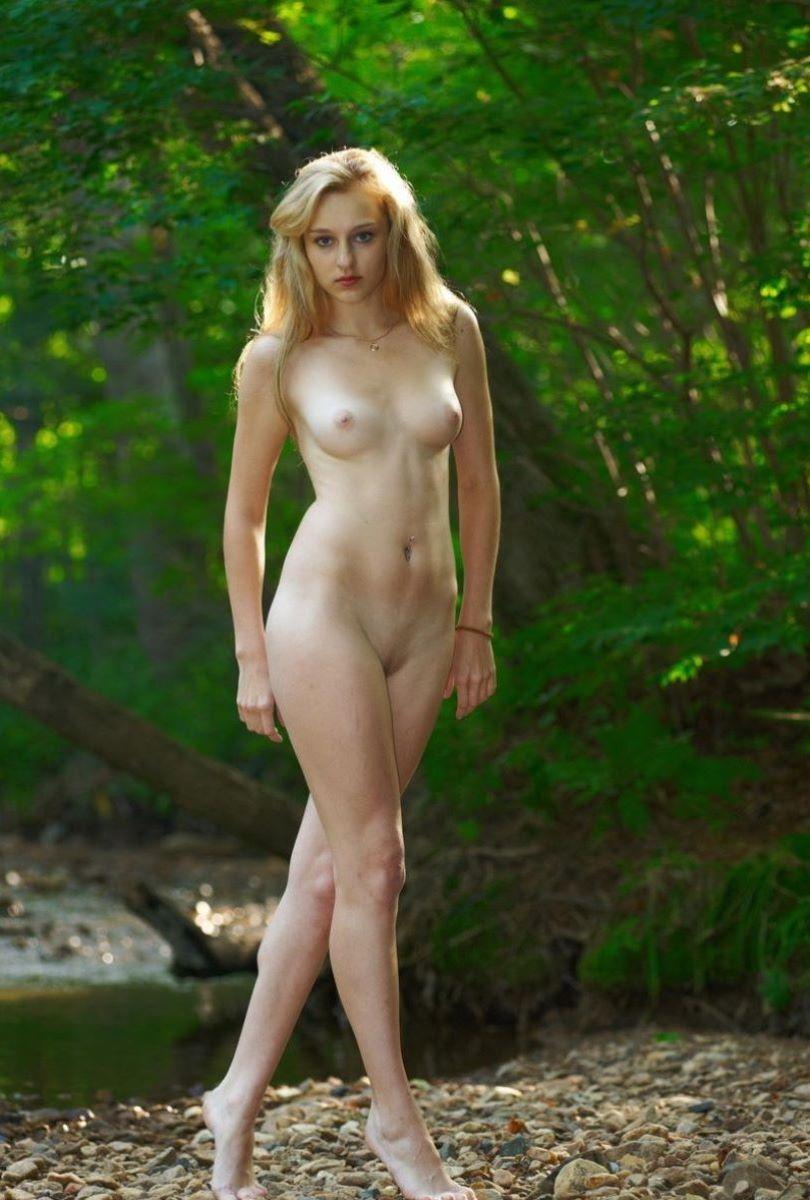 【ロシア人エロ画像】超美形でスタイル抜群なロシアン美女!金髪でパイパンに見える美マンにブチ込まれてるロシア人のエロ画像集ww【80枚】 66