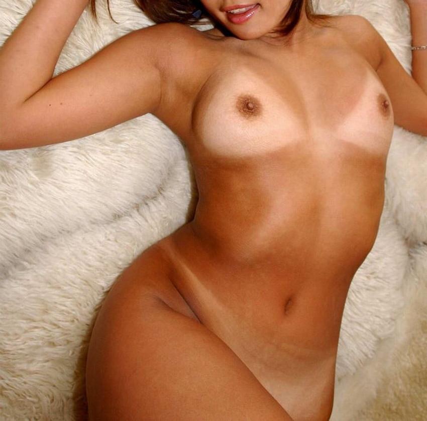 【日焼けギャルエロ画像】日焼けギャルをナンパして褐色肌を堪能しながらガチハメしたった日焼けギャルのエロ画像集!ww【80枚】 14