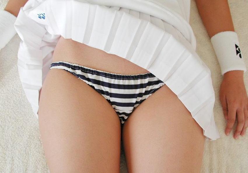 【もろパンエロ画像】エロランジェリーやロリな縞パンティー、地味な綿パンツの女子たちがパンティー丸見えで誘惑してるもろパンエロ画像集!!【80枚】 05