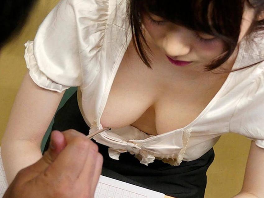 【家庭教師エロ画像】いい香りで美人な家庭教師が前屈みで胸チラ誘惑してきてセックスを教えてくれる家庭教師のエロ画像集ww【80枚】 04