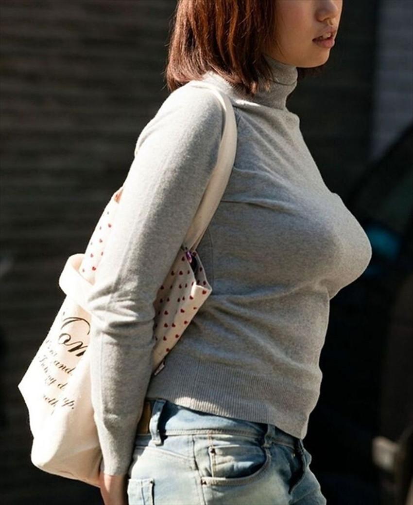 【ニット乳エロ画像】セーターやタートルネックが爆乳ではちきれそうなデカパイ女子達のニット乳のエロ画像集!ww【80枚】 29