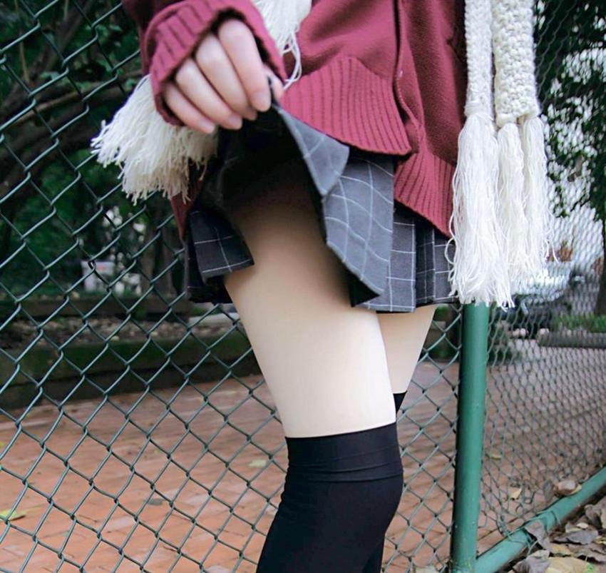 【ミニスカエロ画像】ミニスカ美少女やタイトミニOLの太ももやローアングルパンチラがエロ過ぎるミニスカのエロ画像集!ww【80枚】 33