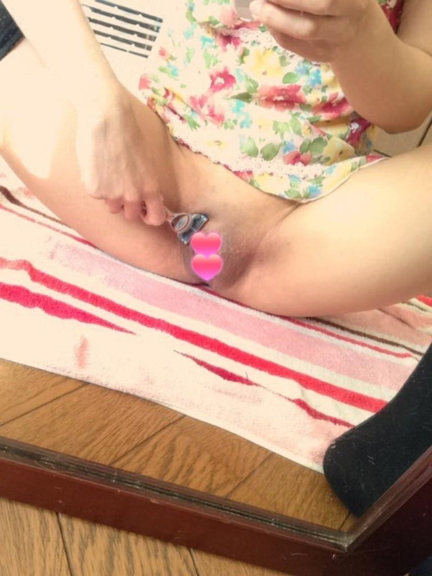 【ムダ毛処理エロ画像】素人女子がお風呂で剃毛してたり脇毛の剃り残しが見えちゃってるムダ毛処理のエロ画像集!ww【80枚】 58