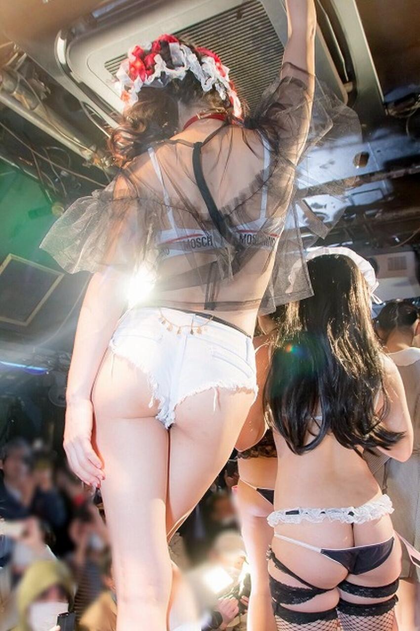 【ヒップハンガーショーツエロ画像】ローライズ過ぎてお尻の割れ目が見えてるロー活女子御用達のヒップハンガーショーツのエロ画像集!ww【80枚】 62
