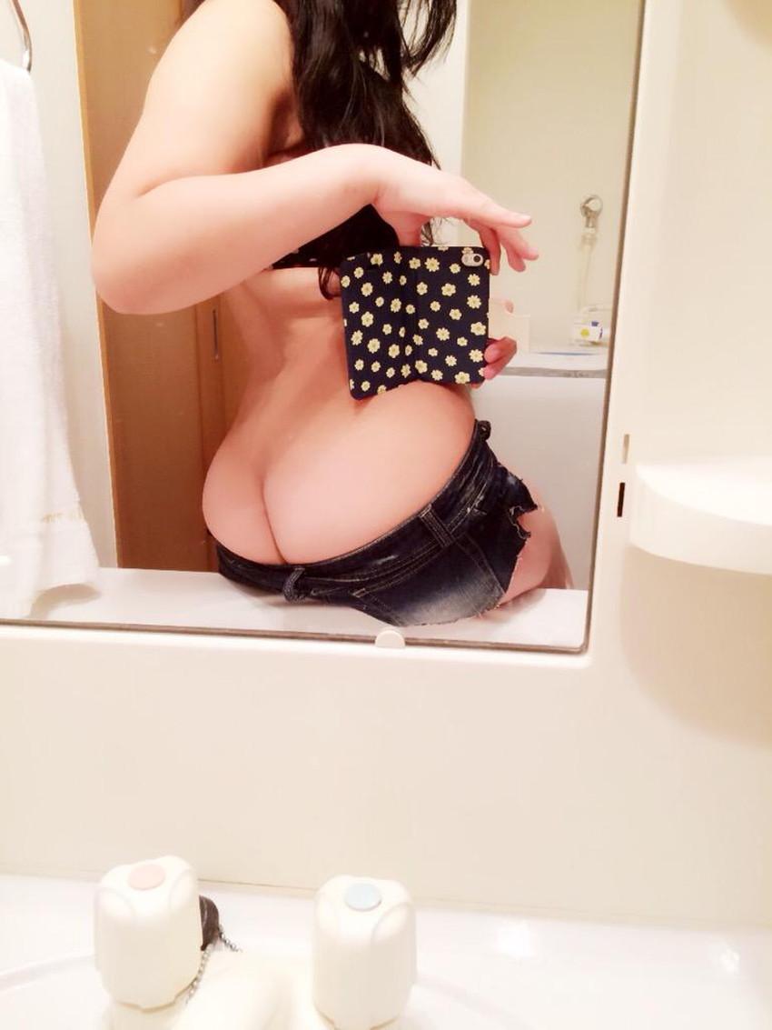 【自撮り尻エロ画像】美尻な素人女子が自慢のエッロいケツを自撮りしてネットに公開してくれた自撮り尻のエロ画像集!ww【80枚】 46