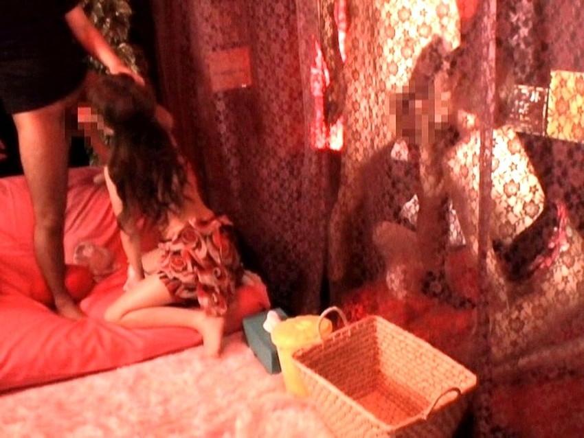 【カップル喫茶エロ画像】カップルや夫婦が他人にセックスを見せつけ乱交やスワッピングしちゃうカップル喫茶のエロ画像集!ww【80枚】 58