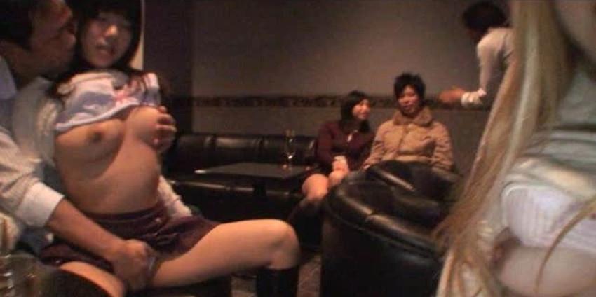 【カップル喫茶エロ画像】カップルや夫婦が他人にセックスを見せつけ乱交やスワッピングしちゃうカップル喫茶のエロ画像集!ww【80枚】 59
