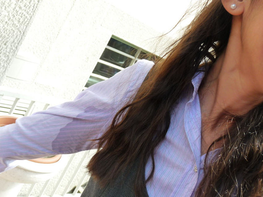 【汗染みエロ画像】清楚なお姉さんたちの脇汗の汗染みや汗でノーブラ乳首が濡れ透けになってる汗染みのエロ画像集!ww【80枚】 76