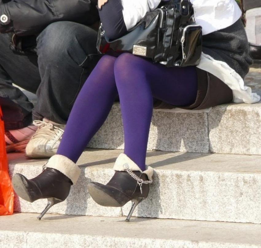 【カラータイツエロ画像】スレンダー美脚やむっちりわがまま美脚のS級女子達がカラータイツ越しに見せるカラフルなパンチラがエロ過ぎるカラータイツのエロ画像集!ww【80枚】 03