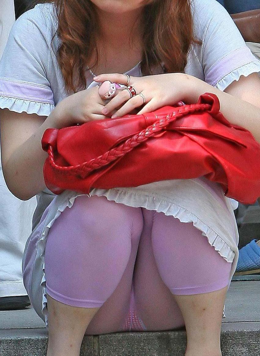 【カラータイツエロ画像】スレンダー美脚やむっちりわがまま美脚のS級女子達がカラータイツ越しに見せるカラフルなパンチラがエロ過ぎるカラータイツのエロ画像集!ww【80枚】 30