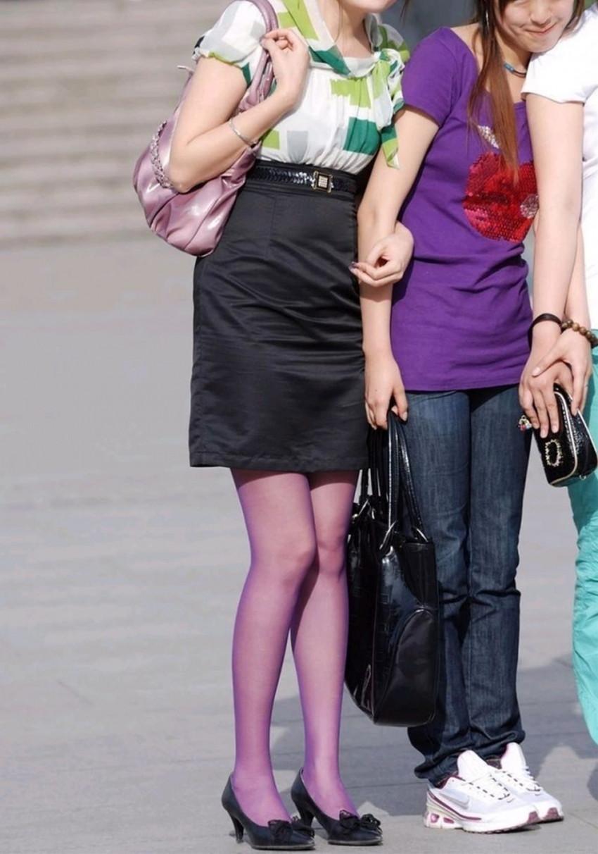 【カラータイツエロ画像】スレンダー美脚やむっちりわがまま美脚のS級女子達がカラータイツ越しに見せるカラフルなパンチラがエロ過ぎるカラータイツのエロ画像集!ww【80枚】 63