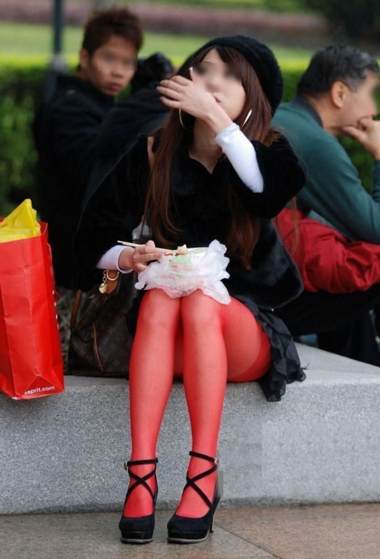 【カラータイツエロ画像】スレンダー美脚やむっちりわがまま美脚のS級女子達がカラータイツ越しに見せるカラフルなパンチラがエロ過ぎるカラータイツのエロ画像集!ww【80枚】 69
