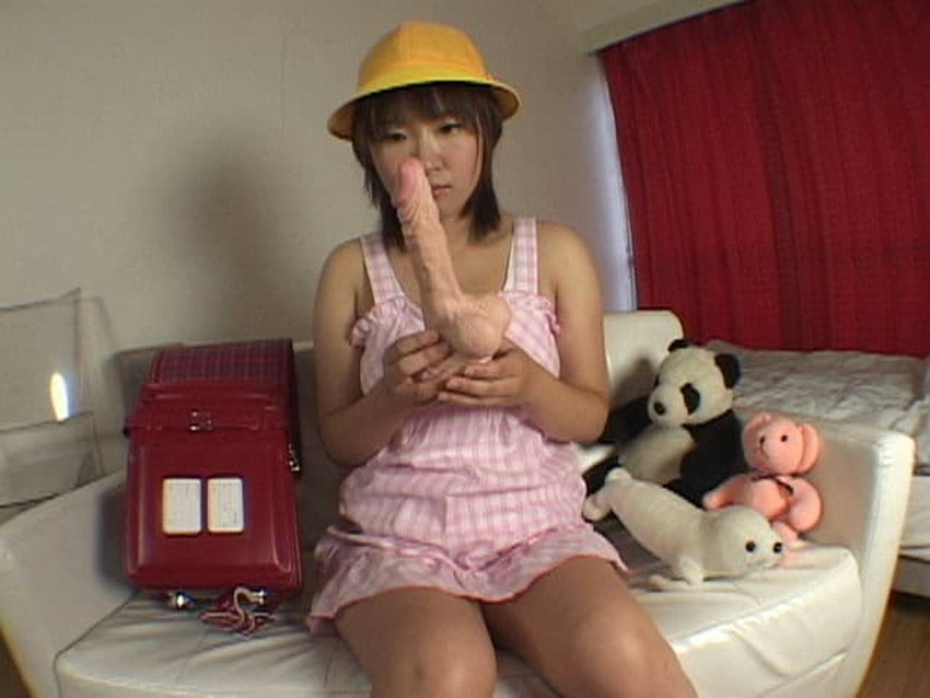 【ランドセルコスプレエロ画像】ロリな童顔美少女にランドセル装着させてJSプレイ!wwパイパンまんこにさせて巨根をブチ込んだランドセルコスプレのエロ画像集ww【80枚】 34