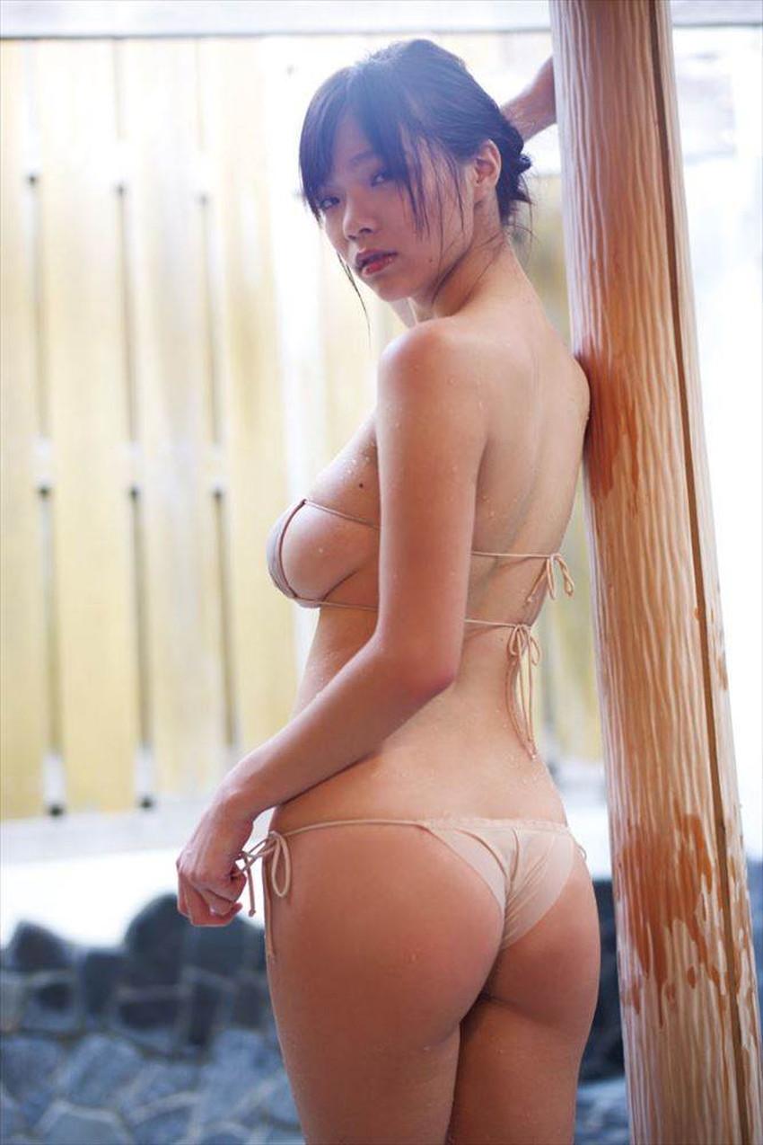 【肌色水着エロ画像】濡れると乳首やまんすじに貼り付いて全裸に見える肌色水着、湯葉水着とも言われる肌色水着のエロ画像集!ww【80枚】 56