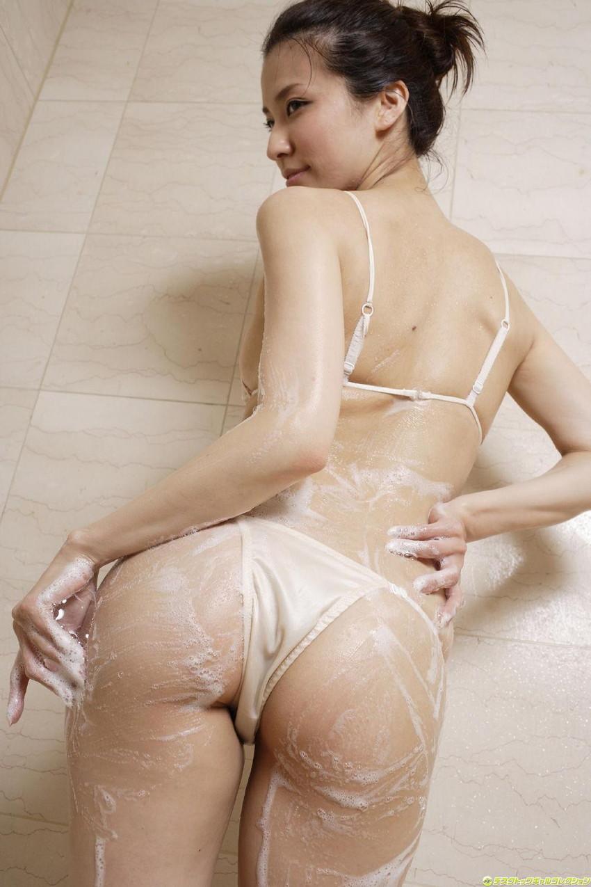 【肌色水着エロ画像】濡れると乳首やまんすじに貼り付いて全裸に見える肌色水着、湯葉水着とも言われる肌色水着のエロ画像集!ww【80枚】 64