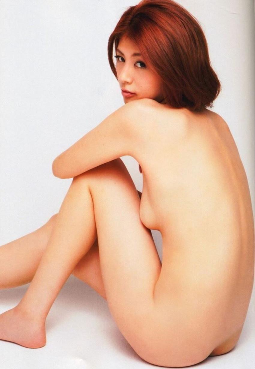 【体育座りヌードエロ画像】美少女たちが体育座りヌードでロリな美乳や股間からマンチラさせてくれてる体育座りヌードのエロ画像集!ww【80枚】 33