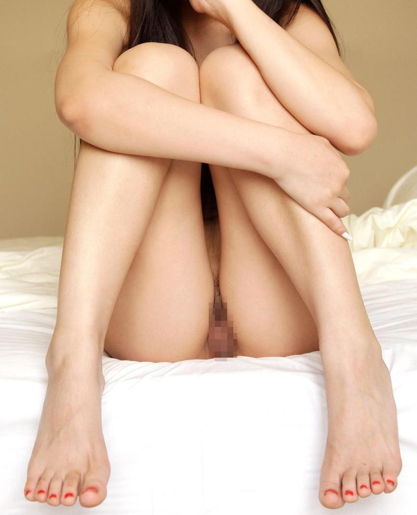 【体育座りヌードエロ画像】美少女たちが体育座りヌードでロリな美乳や股間からマンチラさせてくれてる体育座りヌードのエロ画像集!ww【80枚】 36