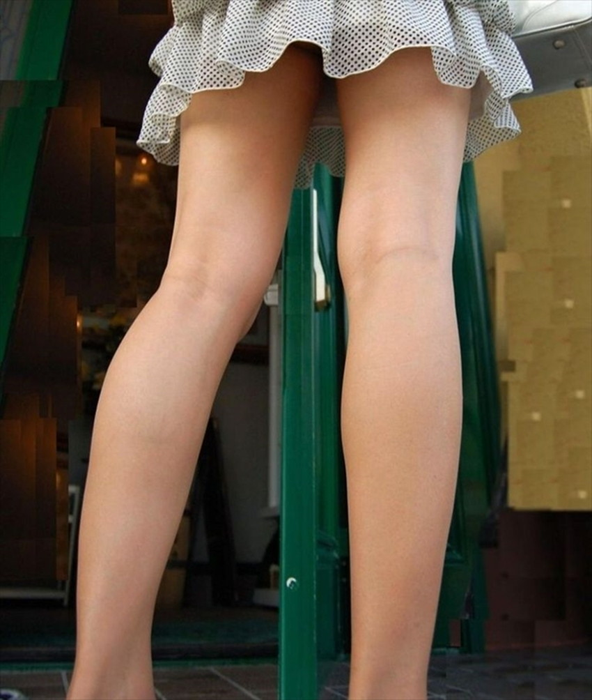 【太ももエロ画像】膝枕して噛みつきたくなるむっちり太もも!美女が太ももを強調して誘惑してくれてる太もものエロ画像集!ww【80枚】 79
