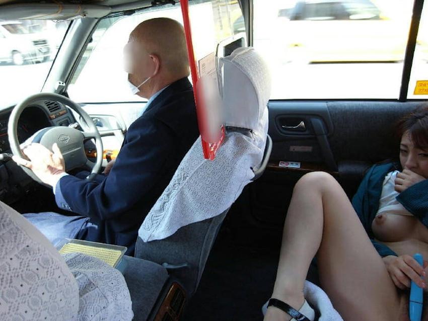 【車内オナニーエロ画像】助手席のドマゾ娘がオナニーしてるところを運転席から眺めて調教してる車内オナニーのエロ画像集!ww【80枚】 07
