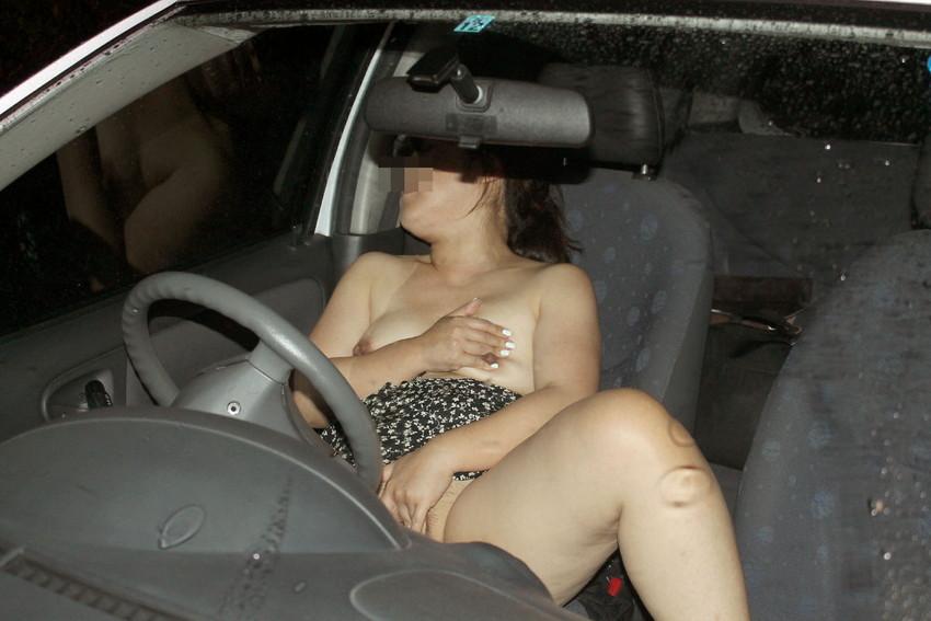 【車内オナニーエロ画像】助手席のドマゾ娘がオナニーしてるところを運転席から眺めて調教してる車内オナニーのエロ画像集!ww【80枚】 40