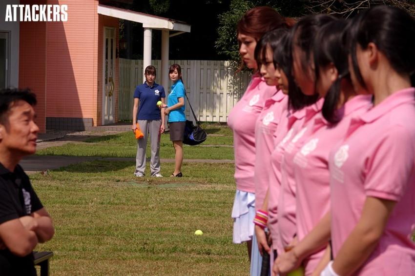 【テニスウェアエロ画像】テニスに勤しむお嬢様系のJDや運動部JKのアンスコやウェアをめくって汗だくセックスしたったテニスウェアのエロ画像集ww【80枚】 73
