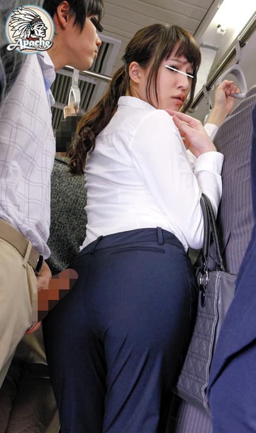 【パンツスーツエロ画像】パンツスーツのキャリアウーマンやOLのパン線を視姦したり引き裂いてバイブやちんぽをブチ混んじゃったパンツスーツのエロ画像集!!ww【80枚】 74