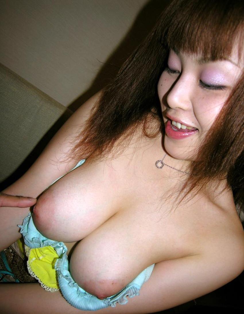【Gカップエロ画像】肩こり必至の超爆乳Gカップ娘が神乳露出して誘惑してくれてるGカップのエロ画像集!!ww【80枚】 79