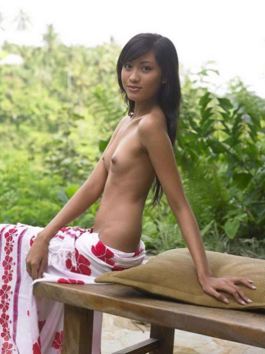 【タイ人エロ画像】おまんこがアロイ過ぎてコップンカーな褐色タイ人女子がハメ撮りやヌード撮影しちゃってるタイ人のエロ画像集!w【80枚】 49