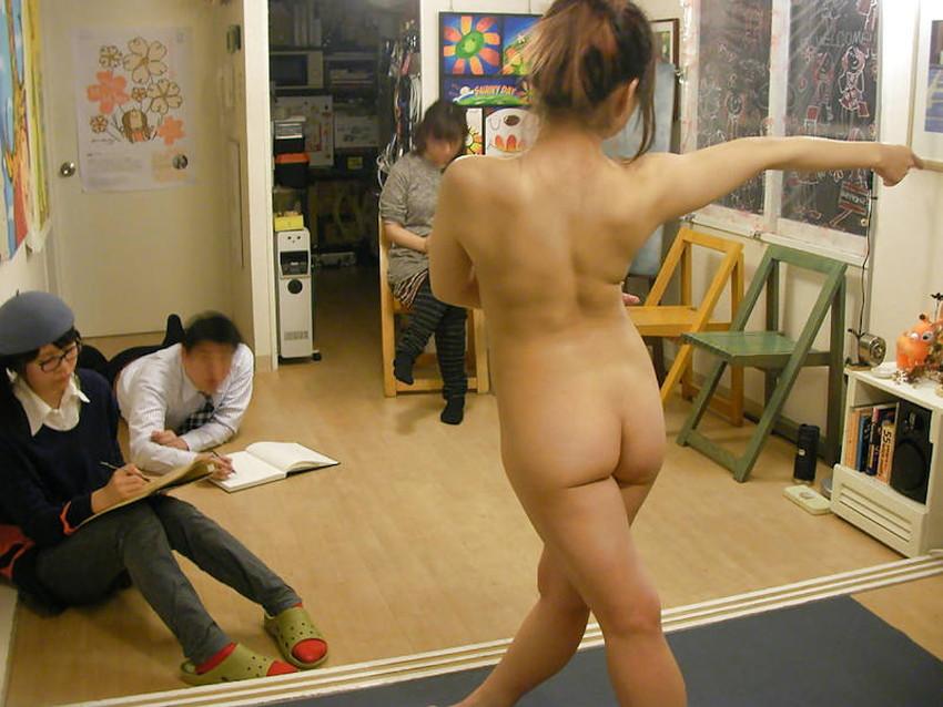 【ヌードモデルエロ画像】デッサン用のヌードモデルがエロ過ぎてスケッチそっちのけで輪姦しちゃうヌードモデルのエロ画像集!ww【80枚】 14