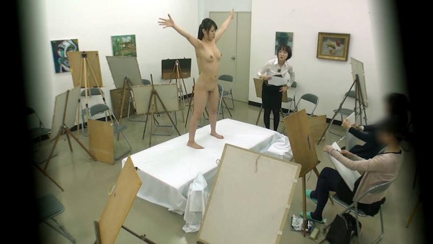 【ヌードモデルエロ画像】デッサン用のヌードモデルがエロ過ぎてスケッチそっちのけで輪姦しちゃうヌードモデルのエロ画像集!ww【80枚】 31
