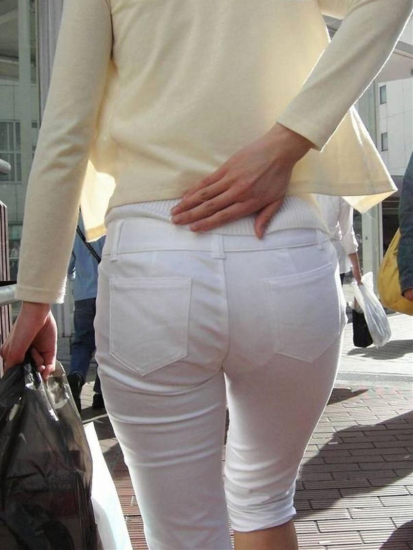 【パン線エロ画像】パンティーライン丸見えのパン線女子は全裸よりもエロいことに気がついていないパン線エロ画像集!ww【80枚】 38