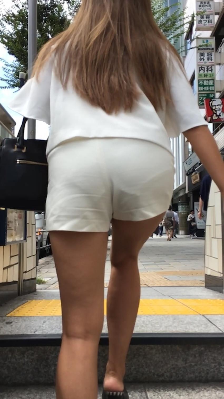 【パン線エロ画像】パンティーライン丸見えのパン線女子は全裸よりもエロいことに気がついていないパン線エロ画像集!ww【80枚】 59