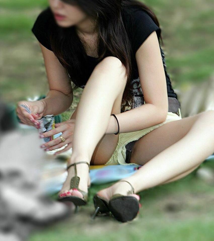 【ホットパンツエロ画像】美脚やハミ尻、開脚時のハミマンやハミパンがエロ過ぎるホットパンツのエロ画像集!ww【80枚】 25