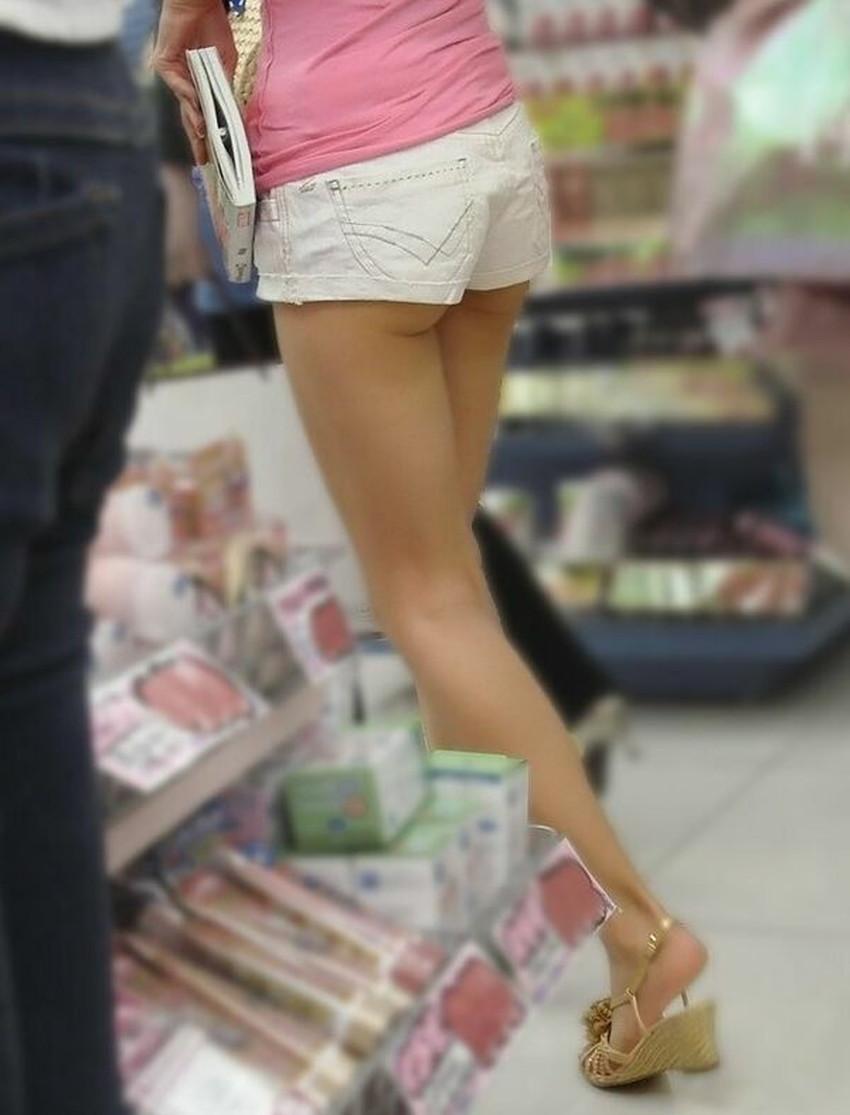 【ホットパンツエロ画像】美脚やハミ尻、開脚時のハミマンやハミパンがエロ過ぎるホットパンツのエロ画像集!ww【80枚】 74