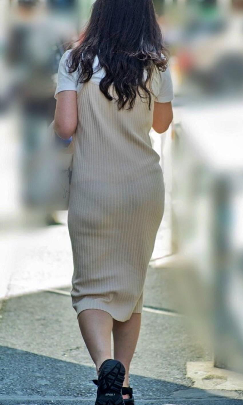 【透けパンツエロ画像】パンツ丸見えよりもタイトスカートや履いて下着が透けてる素人女子のほうが興奮しちゃう透けパンツのエロ画像酒!ww【80枚】 06