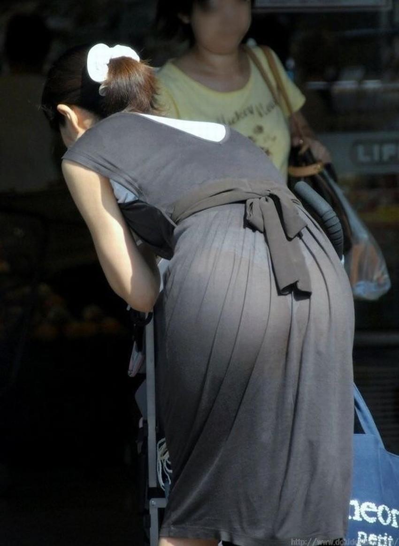 【透けパンツエロ画像】パンツ丸見えよりもタイトスカートや履いて下着が透けてる素人女子のほうが興奮しちゃう透けパンツのエロ画像酒!ww【80枚】 17