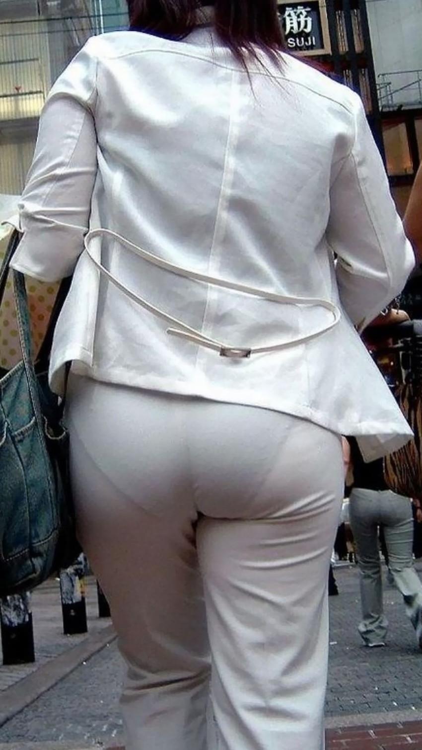 【透けパンツエロ画像】パンツ丸見えよりもタイトスカートや履いて下着が透けてる素人女子のほうが興奮しちゃう透けパンツのエロ画像酒!ww【80枚】 34