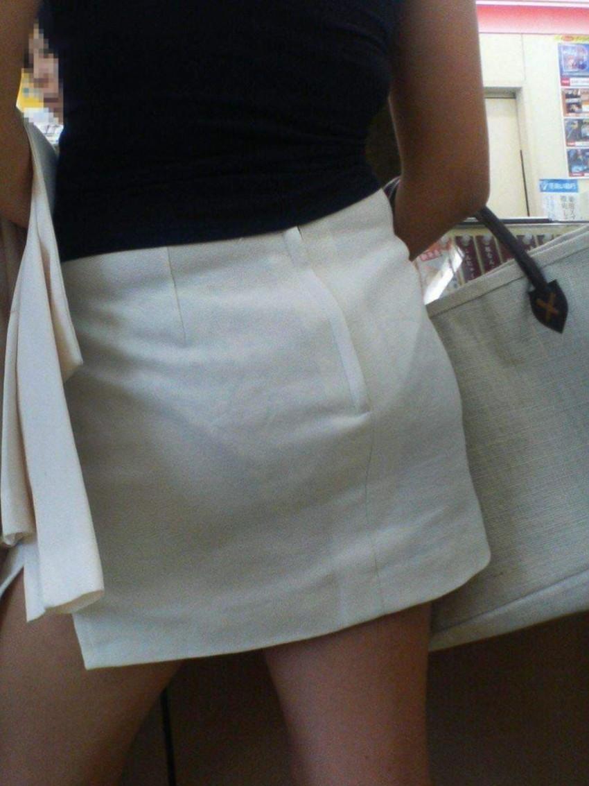 【透けパンツエロ画像】パンツ丸見えよりもタイトスカートや履いて下着が透けてる素人女子のほうが興奮しちゃう透けパンツのエロ画像酒!ww【80枚】 37