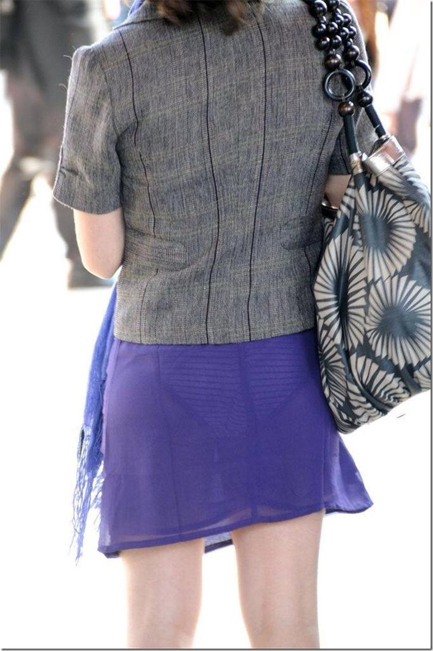 【透けパンツエロ画像】パンツ丸見えよりもタイトスカートや履いて下着が透けてる素人女子のほうが興奮しちゃう透けパンツのエロ画像酒!ww【80枚】 54