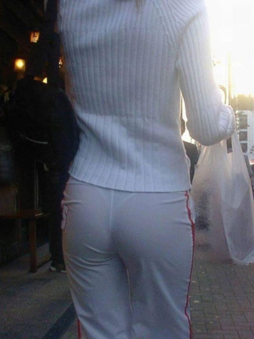 【透けパンツエロ画像】パンツ丸見えよりもタイトスカートや履いて下着が透けてる素人女子のほうが興奮しちゃう透けパンツのエロ画像酒!ww【80枚】 59