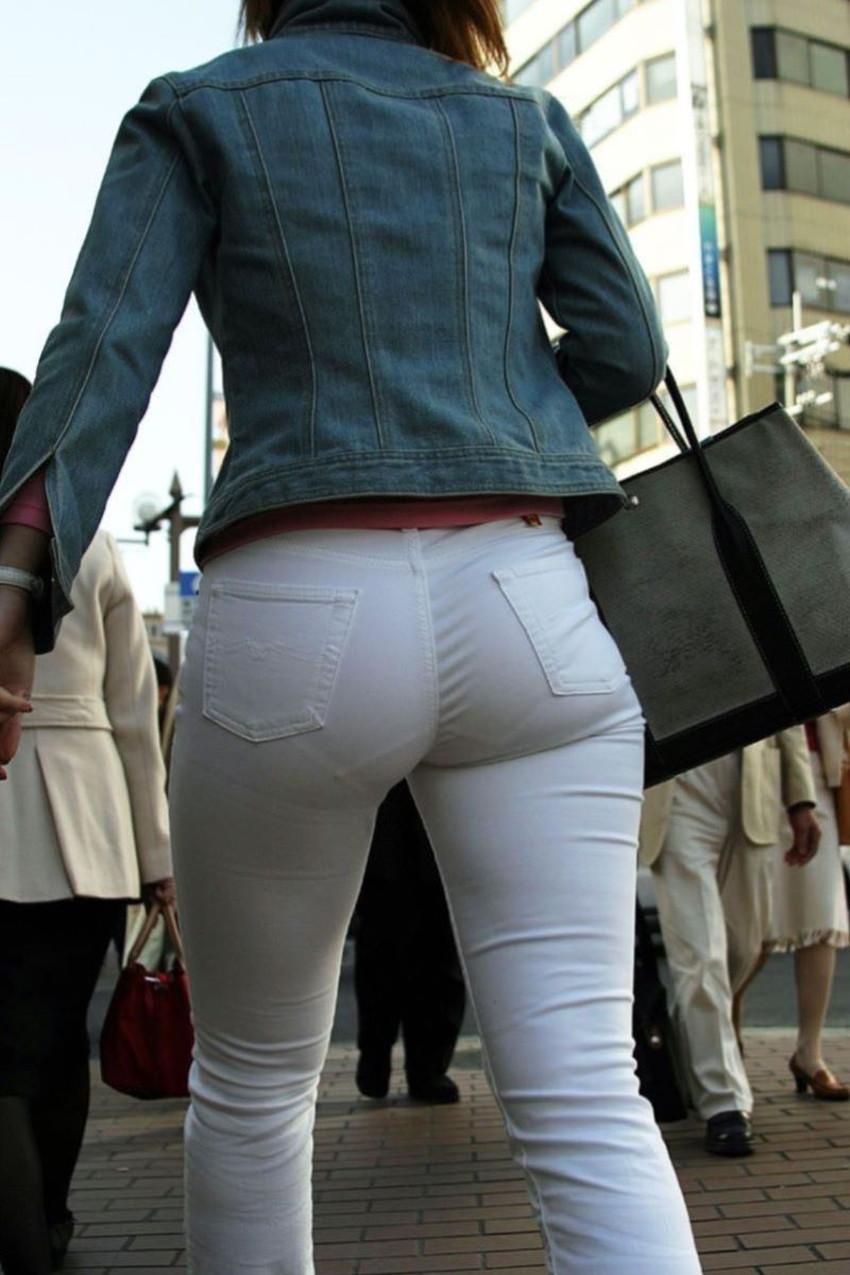 【透けパンツエロ画像】パンツ丸見えよりもタイトスカートや履いて下着が透けてる素人女子のほうが興奮しちゃう透けパンツのエロ画像酒!ww【80枚】 67