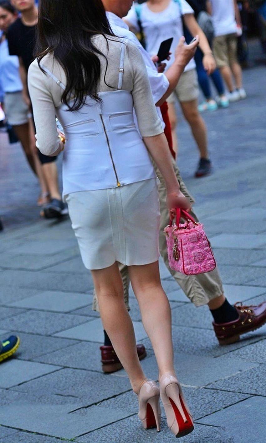 【透けパンツエロ画像】パンツ丸見えよりもタイトスカートや履いて下着が透けてる素人女子のほうが興奮しちゃう透けパンツのエロ画像酒!ww【80枚】 68