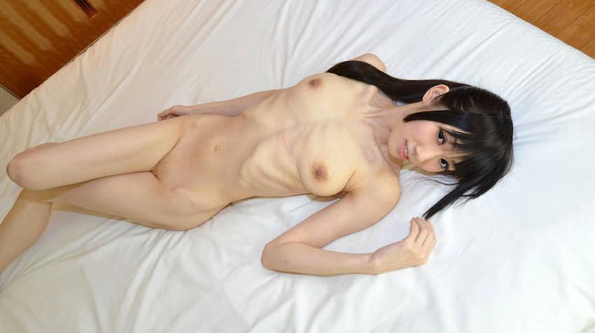 【肋骨エロ画像】巨乳なのに肋骨が浮き出るくびれボイン美女や肋骨が美しいスレンダー女子達の肋骨エロ画像集!ww【80枚】 10