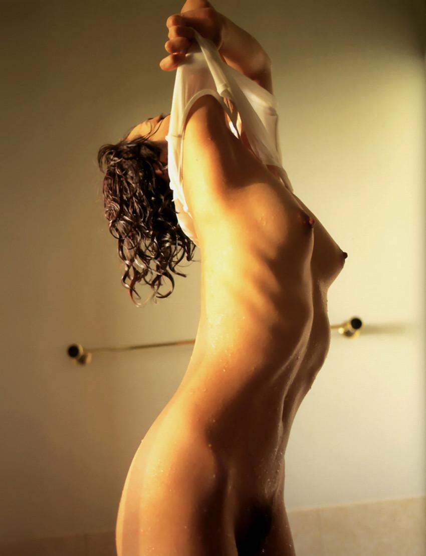 【肋骨エロ画像】巨乳なのに肋骨が浮き出るくびれボイン美女や肋骨が美しいスレンダー女子達の肋骨エロ画像集!ww【80枚】 39