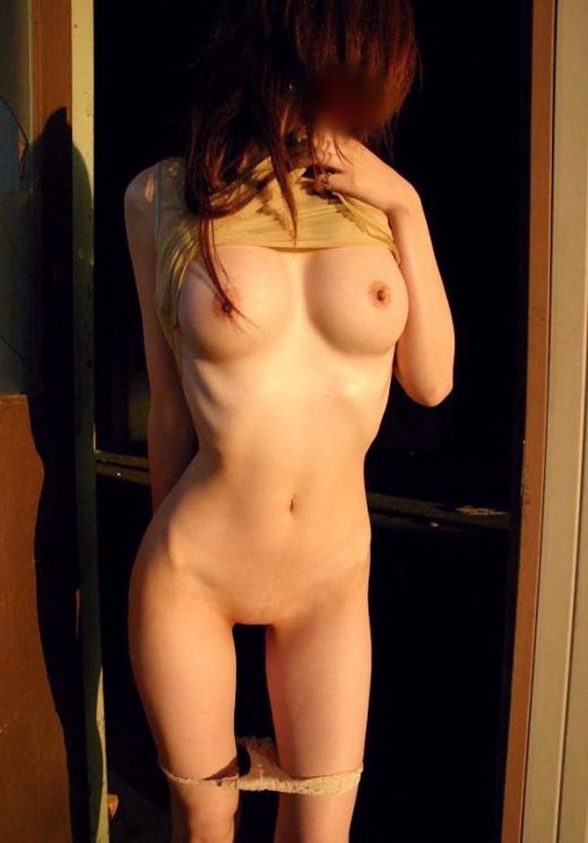 【肋骨エロ画像】巨乳なのに肋骨が浮き出るくびれボイン美女や肋骨が美しいスレンダー女子達の肋骨エロ画像集!ww【80枚】 61
