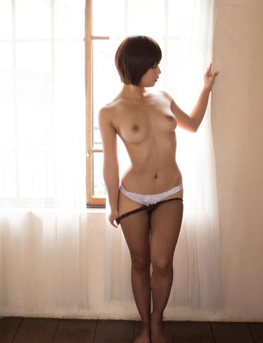 【肋骨エロ画像】巨乳なのに肋骨が浮き出るくびれボイン美女や肋骨が美しいスレンダー女子達の肋骨エロ画像集!ww【80枚】 63