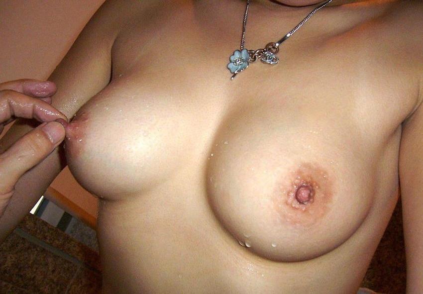 【乳首コリコリエロ画像】セックスやチクニーで乳首をコリコリと弄って感じちゃってる乳首コリコリのエロ画像集!ww【80枚】 21