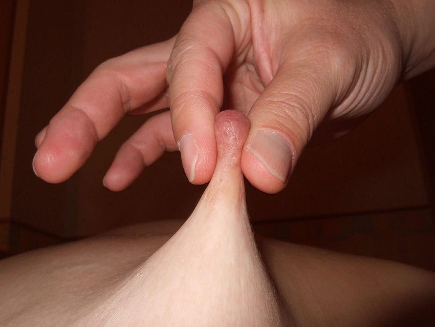 【乳首コリコリエロ画像】セックスやチクニーで乳首をコリコリと弄って感じちゃってる乳首コリコリのエロ画像集!ww【80枚】 76