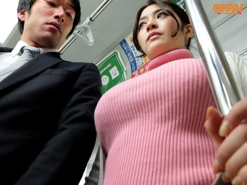 【ニット乳エロ画像】爆乳をキツキツのセーターでアピールして着衣巨乳がエロ過ぎるニット乳のエロ画像集!ww【80枚】 06