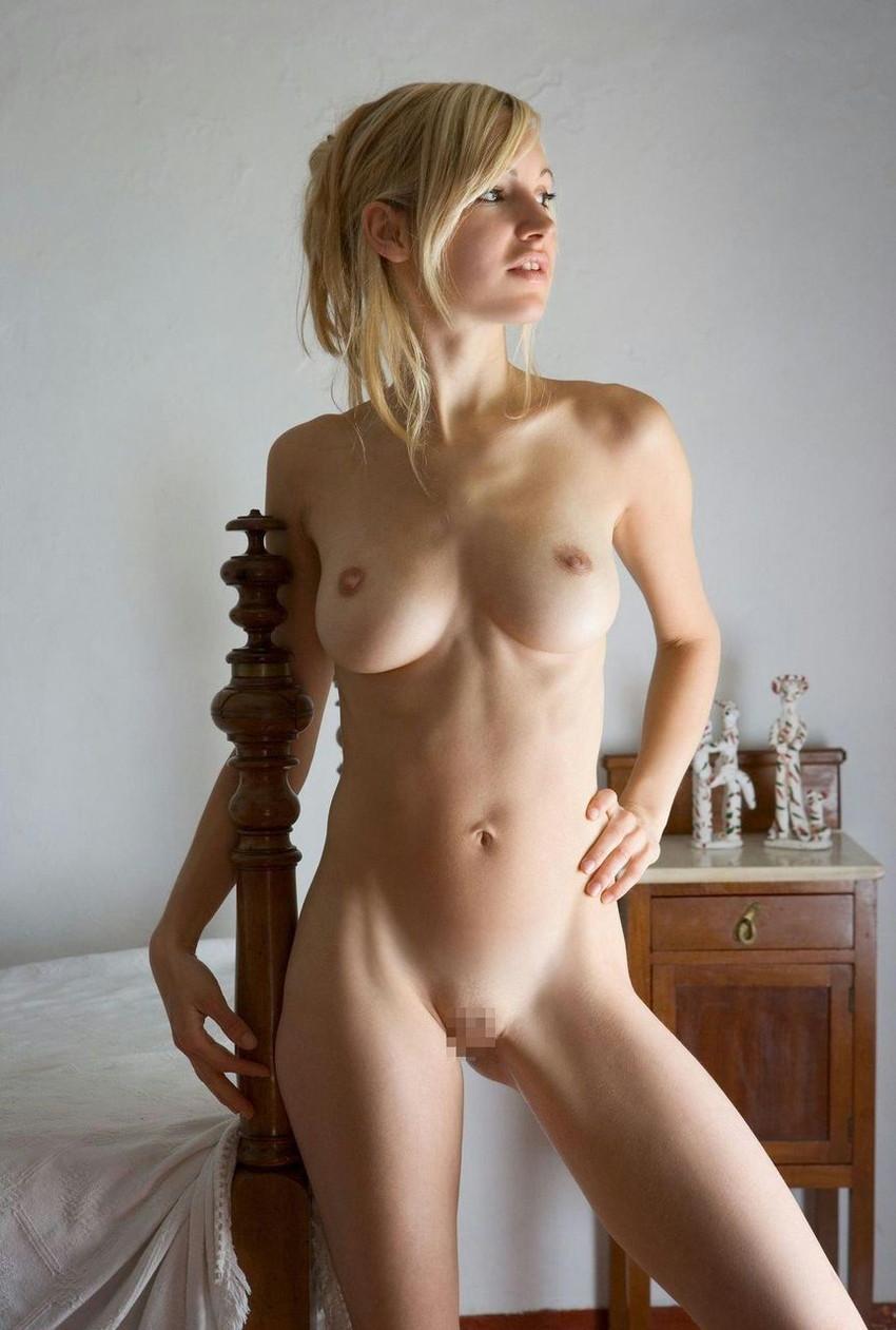 【海外パイパンエロ画像】パイパン見るならやっぱり海外美女だよな?www 03